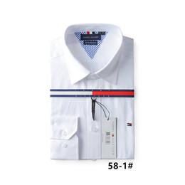 New Outono Marca de Moda Homens Colthes Slim Fit Camisa de Manga Longa Dos  Homens de f3c9e21f27705