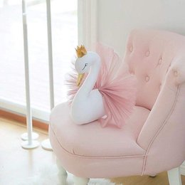 online shopping Cute D Golden Crown Swan Wall Art Hanging Girl Swan Doll Stuffed Toy Animal Head Wall Decor for Kids Room Birthday Wedding Gift
