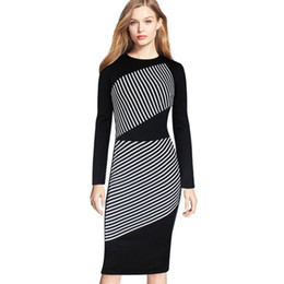Barato Vestido De Lapis De Listrado-New Plus Size Women Dress Black / White Striped Long-sleeved Vestidos Sexy Slim Hip Pencil Casual Over Size Dress Atacado