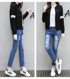 Slim White Sports Jacket Canada - European and American short coat Zipper long-sleeved baseball uniform Slim Sport Jackets Women Black white free shipping