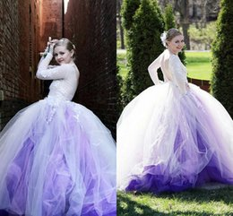 Manches Longues Blanches À Quinceanera Pas Cher-White Light Purple Robe de bal Robes de bal Bateau manches longues Appliques Dentelle Tulle Custom Made Backless Quinceanera Dress Sweet 16 Robes