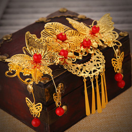 Discount butterfly hair comb wedding - Wedding Bridal Golden butterfly tassels hair comb Tiara 2pc lot Red Pearl Headwear Barrettes Wreath Headdress Hair Jewel