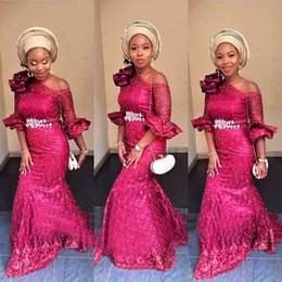 Robes De Bal Rose Foncé Pas Cher-Sirène rose foncé robes de soirée hors épaule manches moitié robes de bal avec fleur à la main perlée Custom Made Aso Ebi Party Gowns 2017