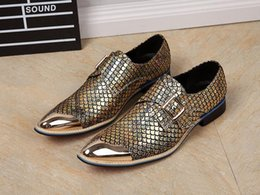 $enCountryForm.capitalKeyWord NZ - 2017 Metal Toe and Gold Silver Glitter Crystal Men Loafers Men Fashion Genuine Leather Slippers Men Party Wedding Dress Shoes Men's Smoking