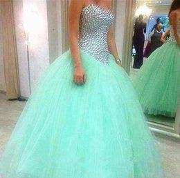 Barato Vestidos De Bola De Prata Sexy-Bling Bling Crystal Silver Beaded Vestido de Bola Sweet Mint Blue Quinceanera Vestidos Venda de Tulle Sexy Sixteen Sweetheart Party Prom Dress 2017