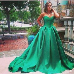 Cheap Green Ball NZ - Special Occasion Gown New Sexy 2017 Vintage Sweetheart Ball Gown Plus Size Formal Quinceanera Gowns Green Satin Long Cheap Evening Dresses