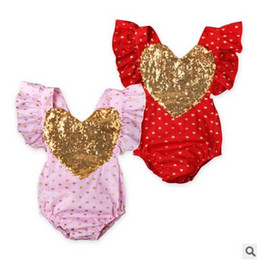 Barato Ruffle Love Heart-bebê boutique Roupas Cartoon Girls romper Summer Sequin Love Heart Ruffle Sleeve Ploka Dot Toddler Jumpsuit Suspender Infant Onesies 7721