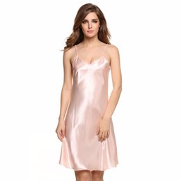 Nouvelles Robes Élégantes Pour Dames Pas Cher-New Stylish Ladies Lingerie Sexy Spaghetti Strap Sleepwear Vêtements de nuit Dress Summer Nightdress Solid Satin Women Sleepwear