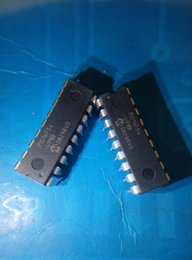 i electronic NZ - Wholesale-Free shipping 10 lot pcs PIC16F54 PIC16F54-I PIC16F54-I P DIP18 electronics parts in stock new and original IC