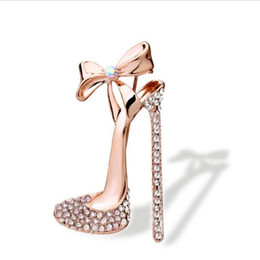 brooch shoe Australia - Wholesale- 1 pc Sexy Crystal High heeled Shoes Brooch Gold Plated Rhinestone Brooch Pin Jewelry for women ladies
