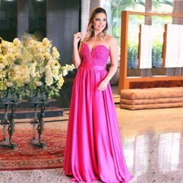 Élégant Satin Sweetheart Pas Cher-Elegant A-Line Rose Robes de soirée Sweetheart Off Shoulder Satin Applique Beading Sashes Sweep Train Prom Gowns