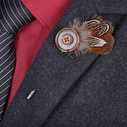 $enCountryForm.capitalKeyWord Canada - New Bohemian men feather Brooch stick lapel pin suits Boutonniere animal feather button brooches jewelry brown broches For wedding 6 color