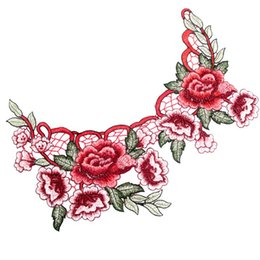 sew flowers UK - 1 pc Resplendent Flower Red Patches Rose Blossom Applique Embroidery Patch Fabric Sew-on Patch Cloth Accessories