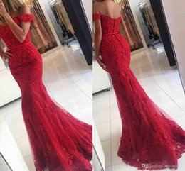 Discount prom dresses cover back shoulders - 2018 Sexy New Red Lace off Shoulder Column Prom Dresses veatidos Beaded Appliques Tulle Button Back Floor Length Mermaid