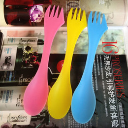 Plastic Fork Knife Spoon Canada - 3 In 1 Plastic Spoon Fork Knife Camping Hiking Utensils Spork Combo Travel Gadget Tableware Wholesale Free Shipping ZA4497