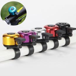 Nueva aleación de aluminio de la bicicleta campana de bicicleta de sonido de campana resonante de alta calidad del manillar de la bicicleta anillo de cuerno color mezclado opcional JF-099 en venta