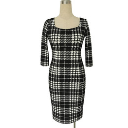 China Wholesale Promotional Plaid Dress Square Neck Mature Women Dress 3 4 Sleeve Pencil Women Midi Casual Dress WD011 suppliers