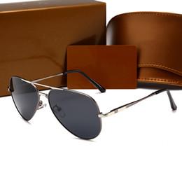Chinese  2018 Italy luxury brand gold Sunglasses pilot Women occhiali da sole donna Reflectivedp Mirror Sunglasses aviator men with logo box manufacturers