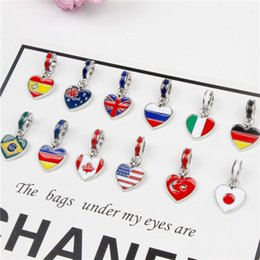 Wholesale Wholesales The world flag style pendant DIY Charm bracelet accessories Colorful handmade women s fashion bracelets CB092