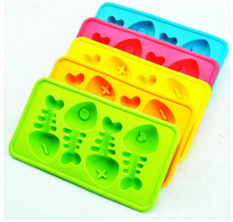 silicone ice cube trays shapes 2019 - Cute Fish Bone Shape Ice Popsicle Silicone Trays Moulds Molds Frozen Treats Cubes Maker Random Color DEC257 cheap silico