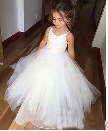$enCountryForm.capitalKeyWord Australia - White Applique Tulle Ball Gown Flower Girl Dresses 2017 Floor Length Sleeveless Long Little Girls Wedding Party Gowns