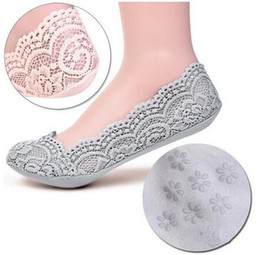 $enCountryForm.capitalKeyWord Canada - Women's Cotton Lace Ankle Heal Short Low Cute Female Fashion Invisible Skidproof Short Boat Princess Socks