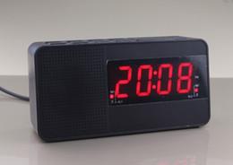 da2a5c0fc877 Venta al por mayor-1.2 pulgadas Reloj LED Alarma digital Radio FM Tensión  de entrada de reloj de alarma dual 100-240V aptos para cualquier uso del  país ...