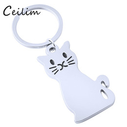 cute boys models UK - New Fashion Creative Model Cat Keychain Popular Versatile Alloy Metal Key Ring Key Chain Personalized Cute Car Key Ring Wholesale