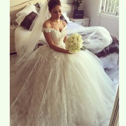 custom short gown NZ - 2017 Vintage Ball Gown Wedding Dresses Lace Applique Off the Shoulder Backless Modest Bridal Gowns Short Sleeve Custom Made robe de mariage