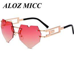 ALOZ MICC Diseñador de la Marca Para Las Mujeres Melocotón Gafas de Sol Del  Corazón Para Las Señoras Gafas de Marco de Metal Gafas de Protección UV A332 9d08d06f7ff7