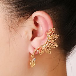 gold leaves Canada - Gold Clip Earrings Leaves Design Gold Pleated Punk Style Ear Cuff For Women Men Fashion Jewelry pendientes