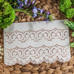 $enCountryForm.capitalKeyWord NZ - Engagement White Laser Cut Hollow Flower Flora Invitation Cards Elegant Lace Wedding Invitations with Envelopes cw5171