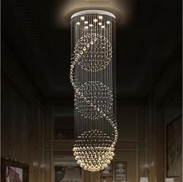 Großhandel LED K9 Kristall Kronleuchter Lichter Treppen Hängelampe Innenbeleuchtung Dekoration mit D70CM H200CM Kronleuchter Leuchten