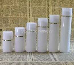 Discount golden bottle cosmetic - 50ml 100ml White cap Airless Pump Bottles With Golden line Plastic Airless Bottle Vacuum cosmetic Lotion Containers 10 p