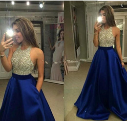 Barato Vestidos De Noite-Royal Blue Satin Prom Dresses para Mulheres Long com Beading Pocket Halter Pavimento Comprimento Zipper Formal Evening Party Vestidos 2017