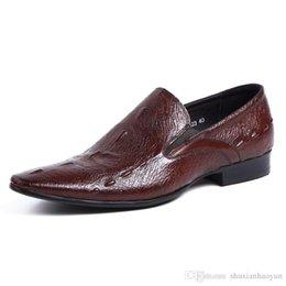 Venta al por mayor de Moda clásica de la vendimia para hombre zapatos de vestir de cuero genuino diseñador masculino zapatos hombres pisos negocio tamaño 25-55