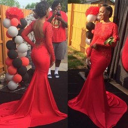 Barato Vestido Longo De Cetim Vermelho Satinado-Sexy Open Back mangas compridas Red Stretch Satin Prom Dresses 2K17 Sheer Jewel Neck Appliques Long Train Evening Gowns Party Dresses