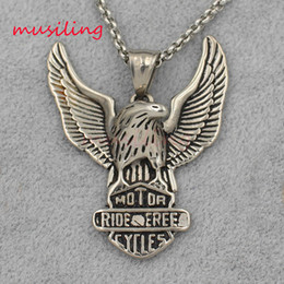 $enCountryForm.capitalKeyWord NZ - 8 Style Retro Flying Eagle Stainless Steel Pendants Necklace Chain Pendulum Charms Reiki Amulet Fashion Mens Jewelry