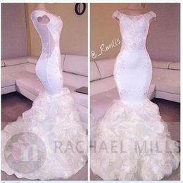Barato Saias Elegantes Do Partido Formal-2K17 Branco Elegante Cap Manga Mermaid Prom Dresses Ilusão Costas Puffy Saias Long Evening Dresses Arab Celebrity Formal Party Wear