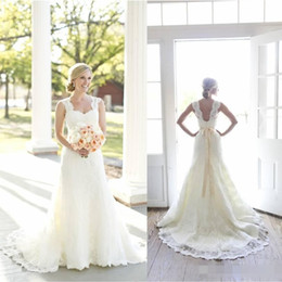 wedding dress sweetheart open Australia - Full A-Line Lace Wedding Dresses Ivory Sweetheart Neck Sleeveless with Beaded Satin Sash Open Back Court Train Vintage Bridal Gowns