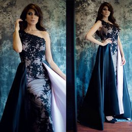Barato Trem De Vestido De Renda Reta-Um ombro Long Evening Dress Black Lace Saudita Arábica Party Evening Gowns 2017 Formal Applique Straight Prom Dress Com trem removível