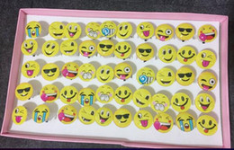 glow bubbles 2019 - 100pcs Funny Expression Smiling Face Glow Led Light Up Flash Bubble Elastic Ring Rave Party Blinking Soft Finger Lights