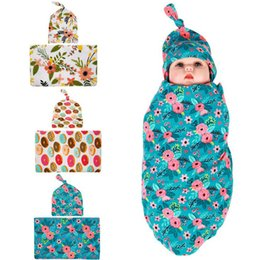 Chapeaux Pour Bébés Pas Cher-Nouvelle Europe Floral Floral Swaddle Flower Printed Sleep Bags + Hat Girls 2pcs Set Infant Blanket Cotton Donut Newborn Baby Couverture douce C449