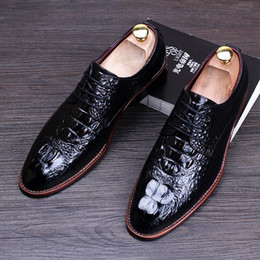 $enCountryForm.capitalKeyWord Canada - Famous Brand Men's Dress Wedding Shoes Black Red Blue Yellow British Style Men Brogue Genuine Leather Shoes Fashion Oxfords 8