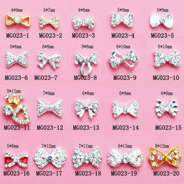 Clou De Diamant Pas Cher-Mix Fashion Nail Stickers Nail Art 3D en alliage de métal en cristal de décoration Diamond Cellphone Rhinestone Glitter Charms Jewelry
