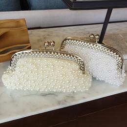 $enCountryForm.capitalKeyWord NZ - 2017 Sparkly Hot Cheap Pearls Fashion Bridal HandBags With Chain Women Wedding Evening Prom Party Clutches Bridesmaids Bags EN8053