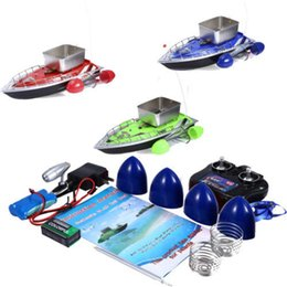 Mini RC barco de cebo señuelo de la pesca inalámbrica para encontrar peces con enchufe de ee.uu. EE. UU. / UE enchufe de 3 colores rápido RC pesca aventura on Sale