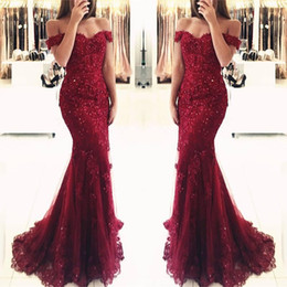 Barato Vestidos De Renda Vestido-Borgonha Lace Mermaid Appliques Off-the-shoulder Vestidos de noite 2017 Vestido De Festa Beaded Sequins Long Prom Gowns BA3809