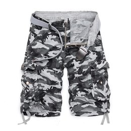 Barato Total Mens Casual-New Arrival 2016 Fashion Plaid Beach Shorts Mens Casual Camo Camouflage Shorts Militar Calças curtas Male Cargo Overalls 50