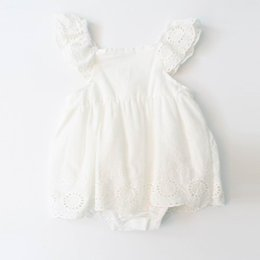 Dentelle De Garçon Pas Cher-Retail Summer Toddler Girls Bodysuits Vêtements Cotton Triangular Leotard Femme Vêtements de bébé White Lace Dress 0-3T EG008